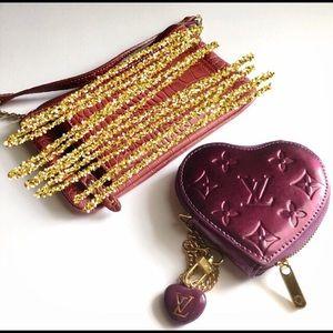 Handbags - Heart shaped coin purse